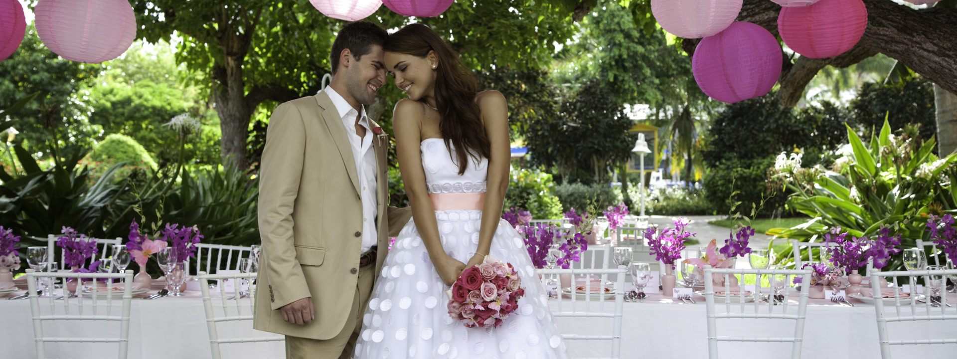 Choosing the Right Wedding Decoration